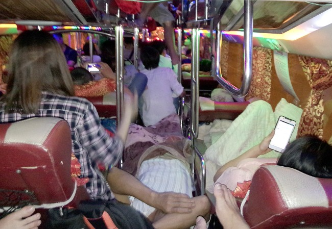 giật mình với xe khách chất lượng cao Sao Việt